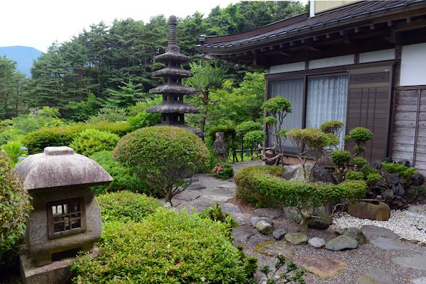 Jard n zen para la relajaci n al aire libre debuda net - Decoracion jardin zen ...